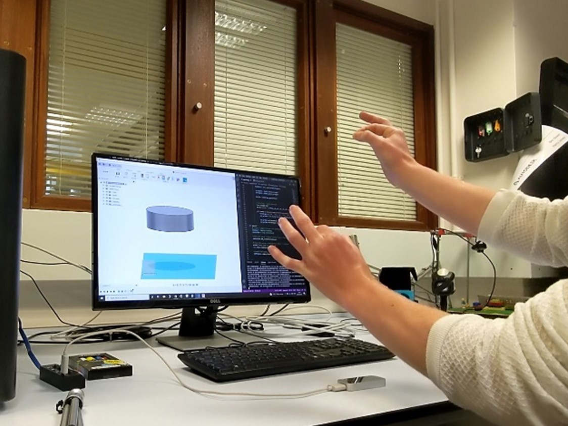 Gesture-Controlled CAD